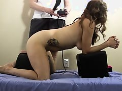 She gets spanked & anal plugged on Sybian & cums HARD