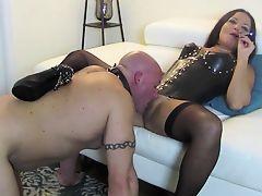 Oral slave