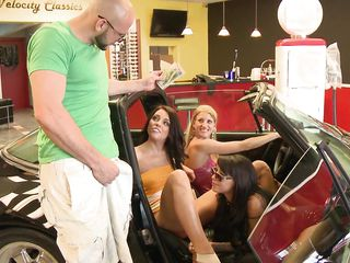 babes wanna have fun and earn money @ season 2 ep. 1