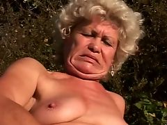 Two Grannies having lesbian Sex outdoors