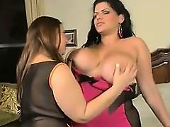 Thick Busty Lesbian Pussy Being Licked