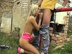 Josje pulverizing her lover outdoors
