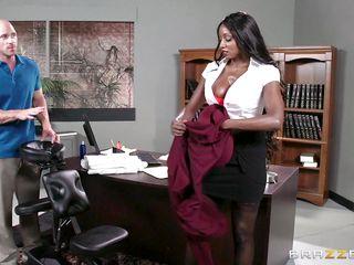 beautiful ebony milf undresses for a kinky massage