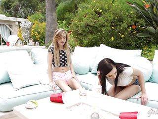 slutty kylie undresses for her lesbian friend
