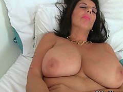 British milf Lulu fucks a dildo