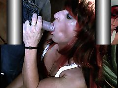 CROSSDRESSER SUCKING COCK