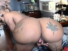 Creampie on big ass at slutycam,net