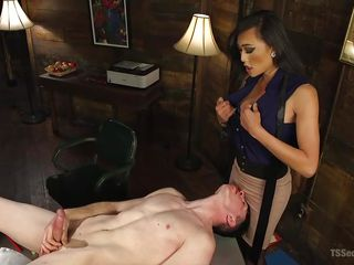 tranny queen venus makes her slave stroke his penis