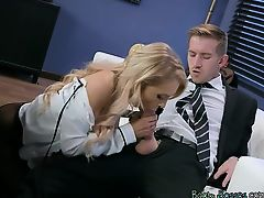 Receptionist Alix Lynx Gets Impaled By Hung Boss