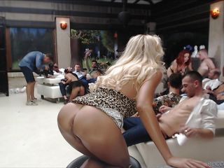 a hot orgy @ live shows - september