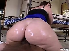 Marvel at Virgo Peridot's Tsunami of Booty on BangBros! (pwg13805)