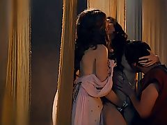 Spartacus - Lucy Lawless and Jaime Murray 03