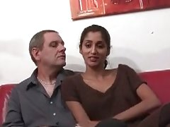 Amateur france babe blows old dude