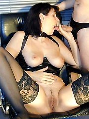 :: Milfs Exposed :: Free pictures gallery