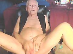 Grandpa jerk for the cam