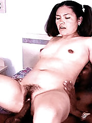Dildo-dipping Asian Pussy